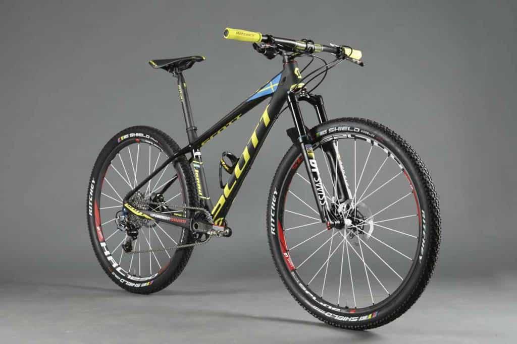 SCOTT-Odlo-MTB-Racing-Scale-700-RC-Jenny_Product_2015_BIKE_SCOTT-Sports_04-119572_zoom_1.jpg