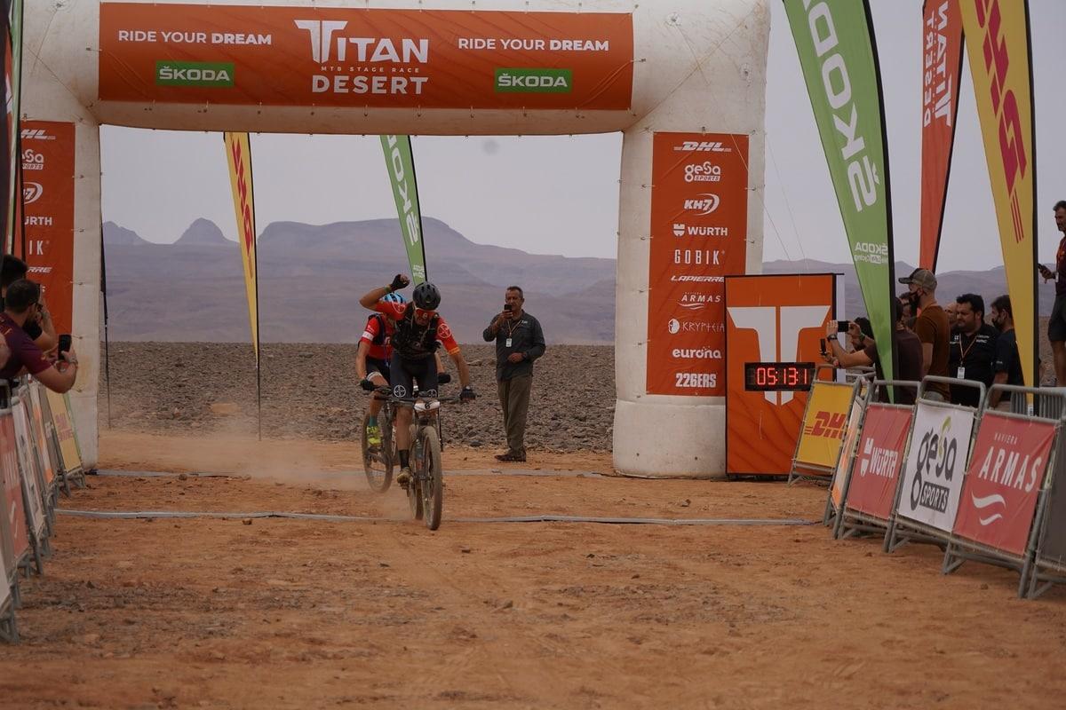 Guillem Muñoz ganador de la Titan Desert etapa 2